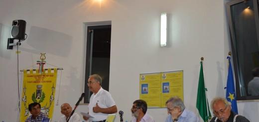 Prof. Perri in un momento della Presentazione del Libro