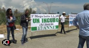 Manifestanti a Sibari